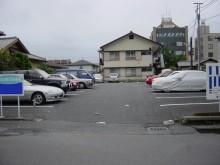 白寿荘駐車場